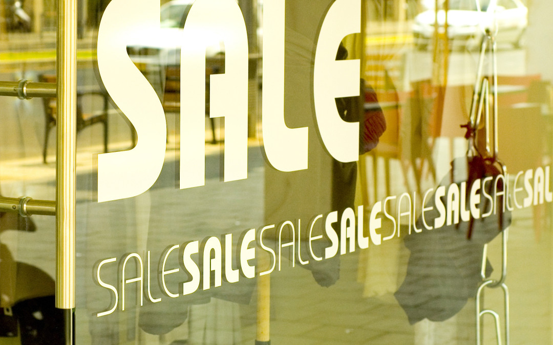 Design Elements in Window Graphics for Retail Promotions