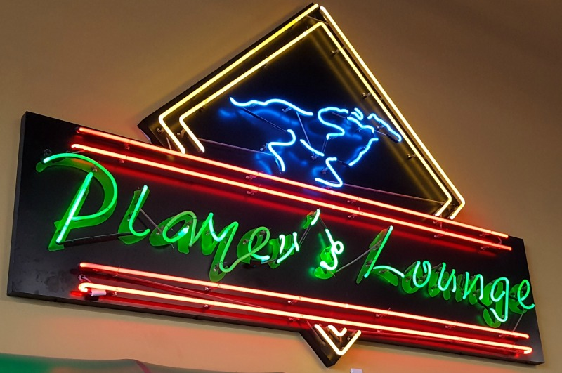 Houston tx neon sign repair for the horse track sam houston neon sign fixed neon sign repair solutioingenieria Gallery
